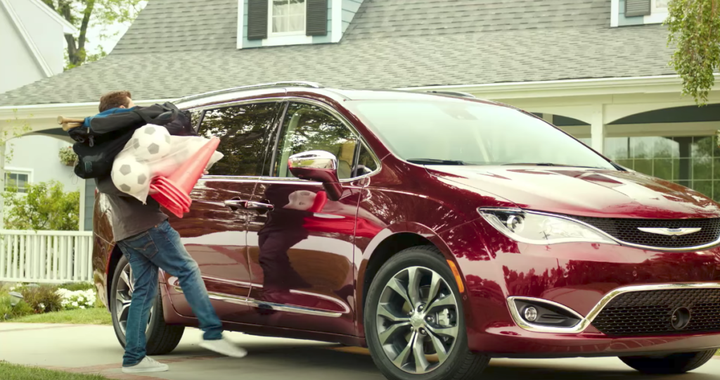 Chrysler Pacifica Hands Free Liftgate
