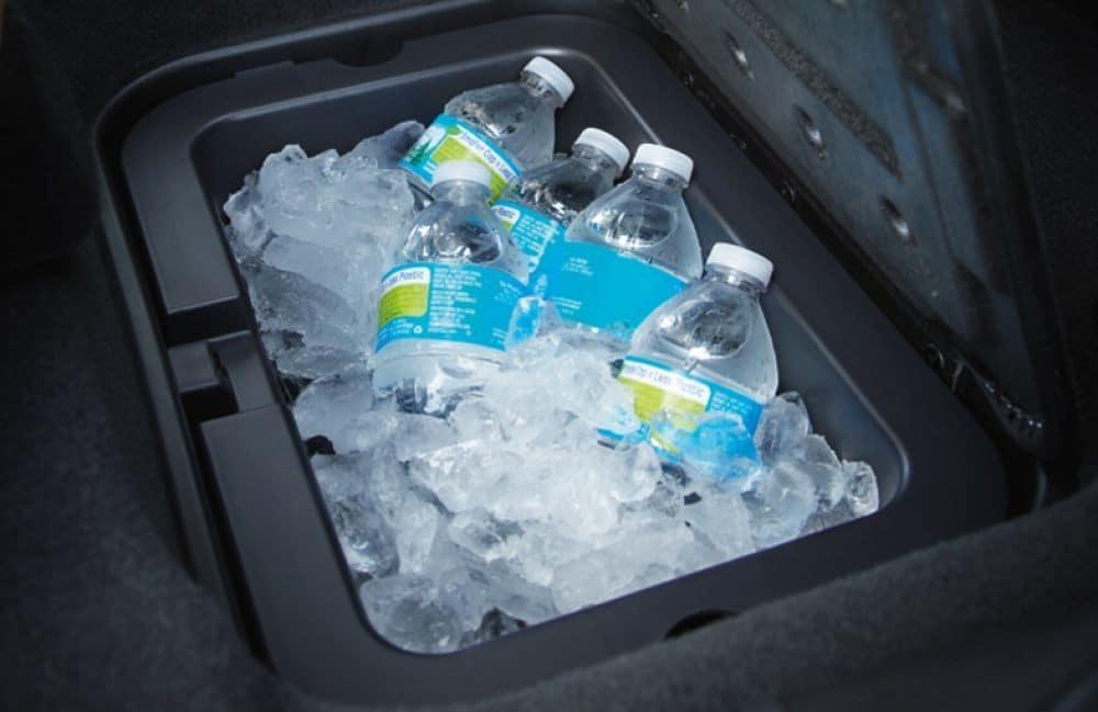 Smart Storage Solutions in the 2018 Dodge Journey   Landers