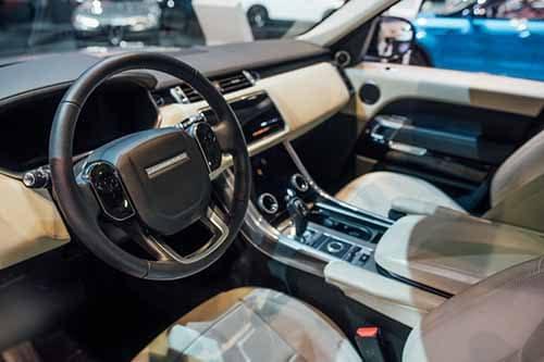 Land Rover PHEV Interior 2018 Auto Show