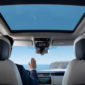 2019 Range Rover interior features