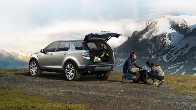2019 Land Rover Discovery Sport trunk open