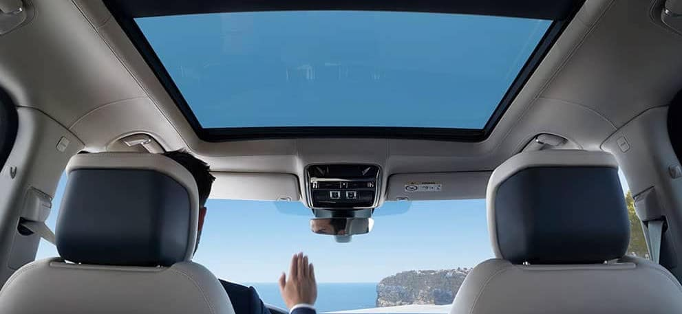 Range Rover interior and moonroof