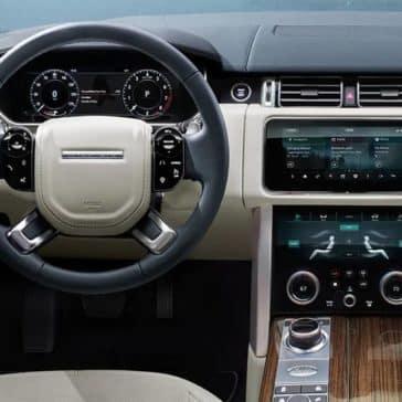 2020 Range Rover Dash