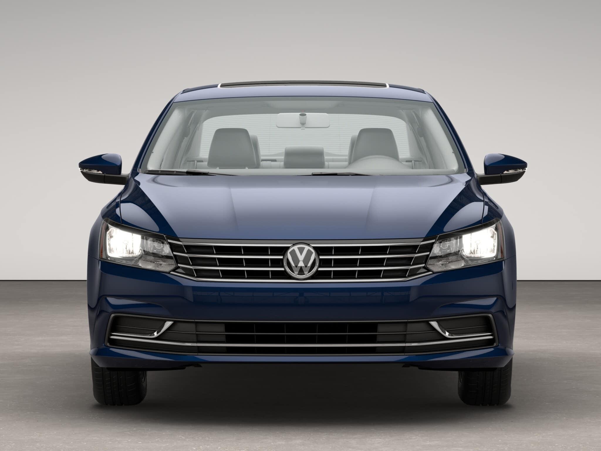 2017 Volkswagen Passat SE Front Grille Exterior