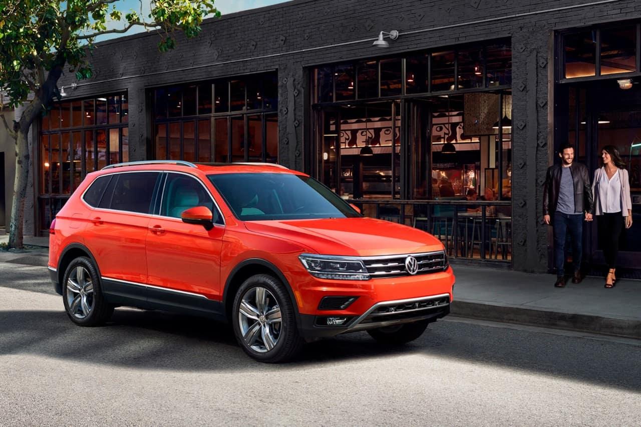 2018 Volkswagen Tiguan Orange Front Exterior