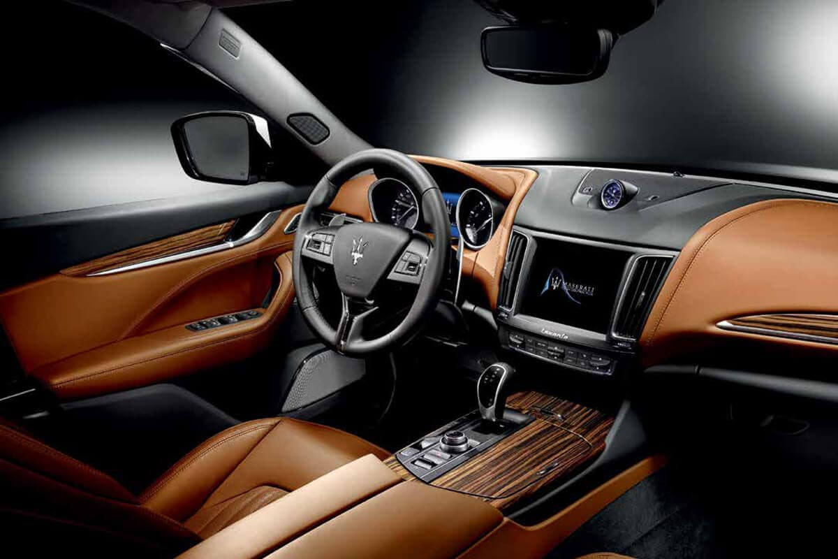 2017 Maserati Levante Interior Dash