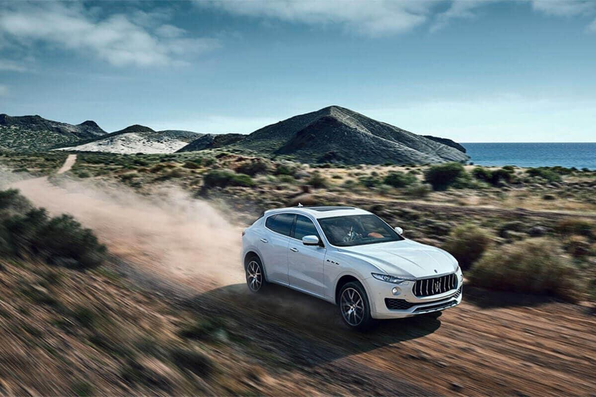 2017-Maserati-Levante-Desert-Drive