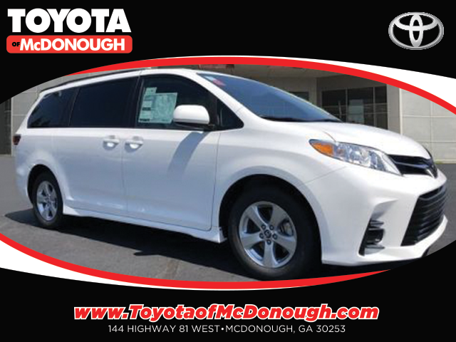 Toyota Sienna LE Rental