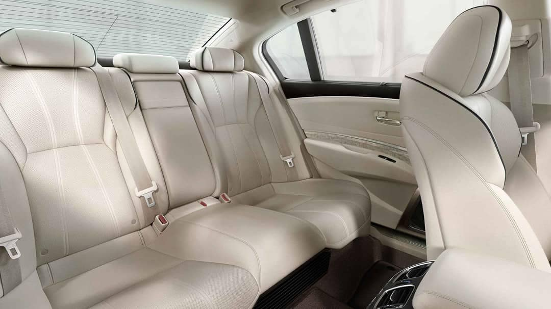leather-seating-in-2019-Acura-RLX