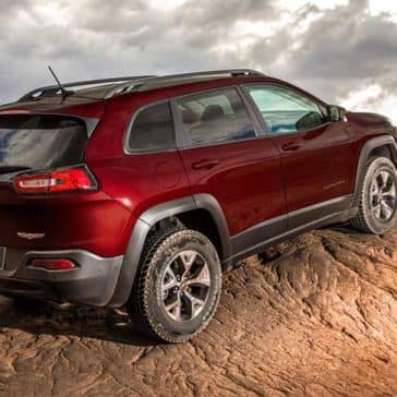 2018 Jeep Cherokee off-roading