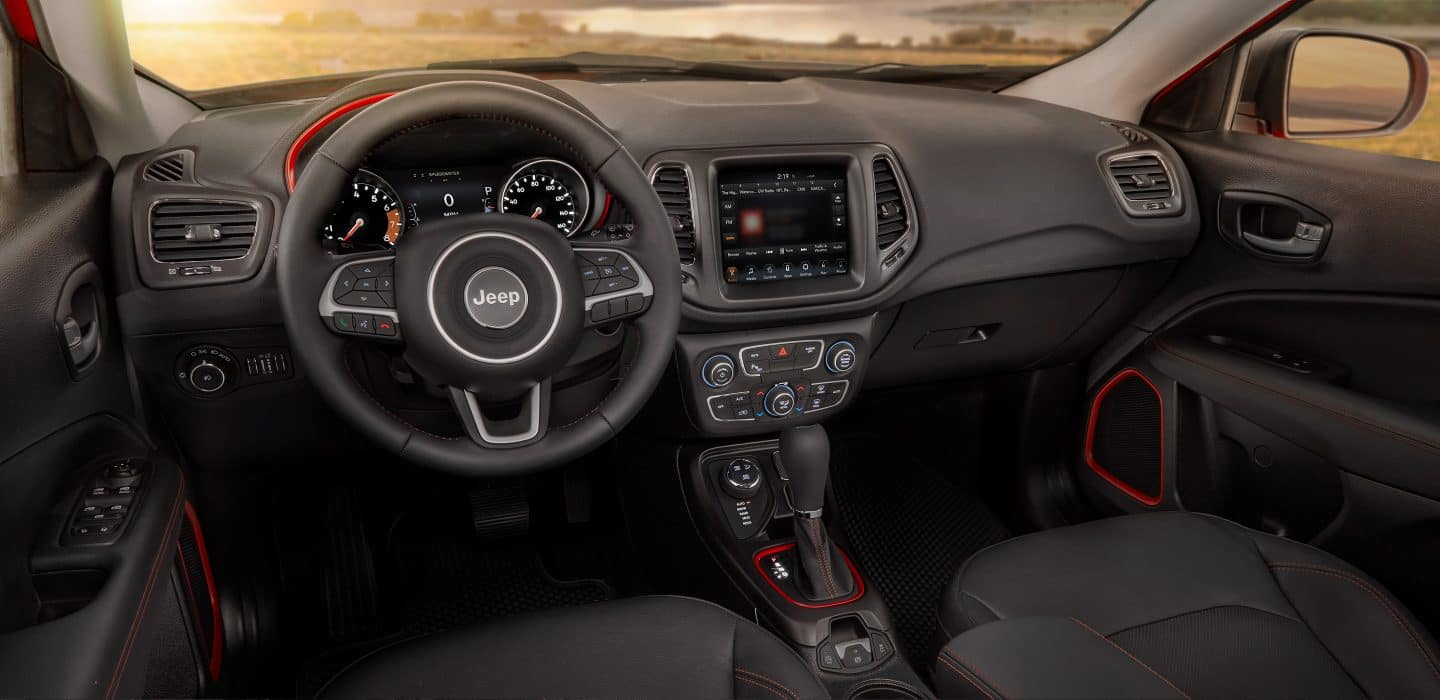 2018 Jeep Compass Interior Features