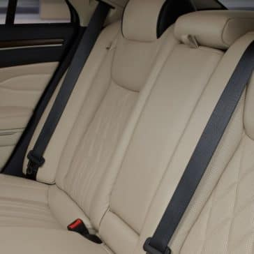 2018 Chrysler 300 Interior Features