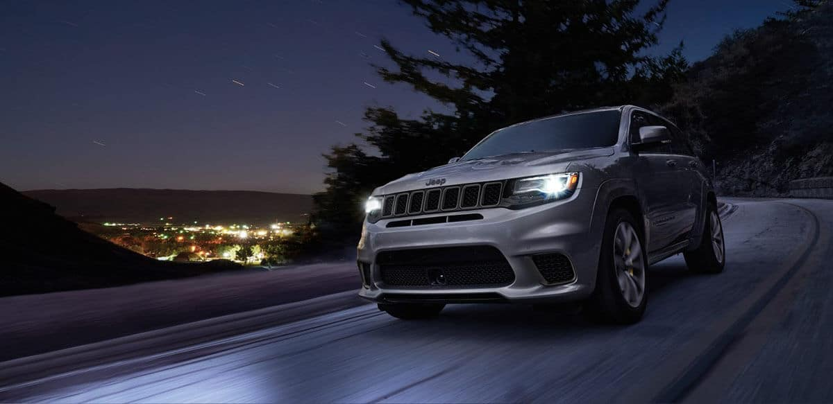 2018 Jeep Grand Cherokee Driving at Night
