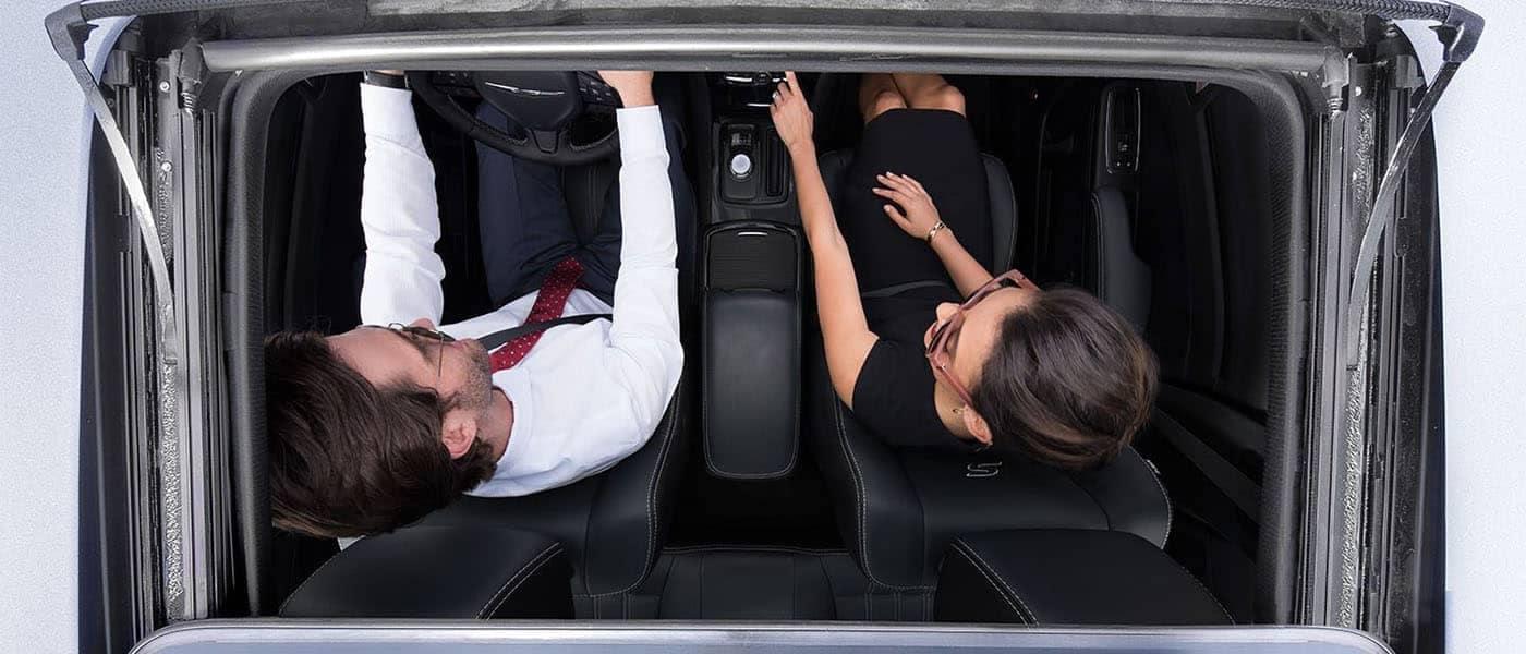 2019 Chrysler 300 Moonroof Top