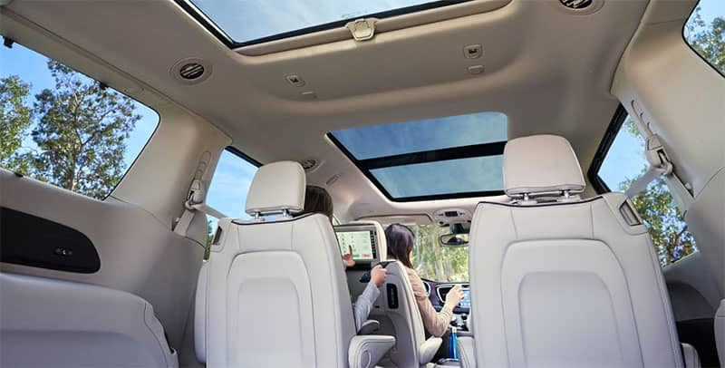 Chrysler Pacifica Panoramic Roof