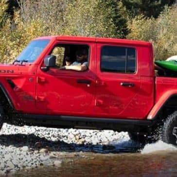2020-Jeep-Gladiator-Crossing-Stream