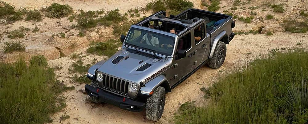 2020-Jeep-Gladiator-With-Top-Off