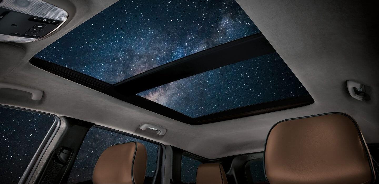 2017 Jeep Grand Cherokee Interior Sunroof Night View