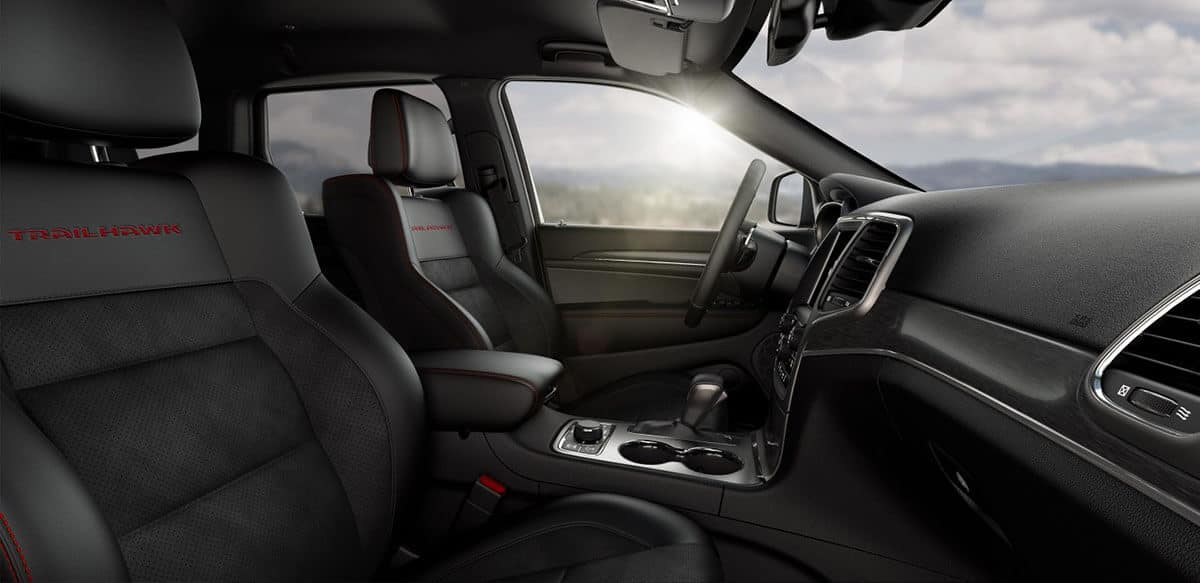 Front Interior Seating of 2018 Jeep Grand Cherokee