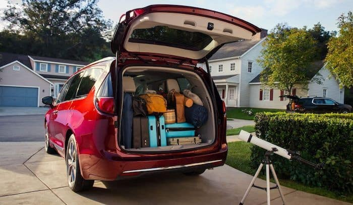 2019 Chrysler Pacifica rear trunk space