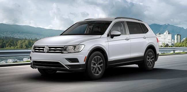 <center>2018 Volkswagen Tiguan SE</center>