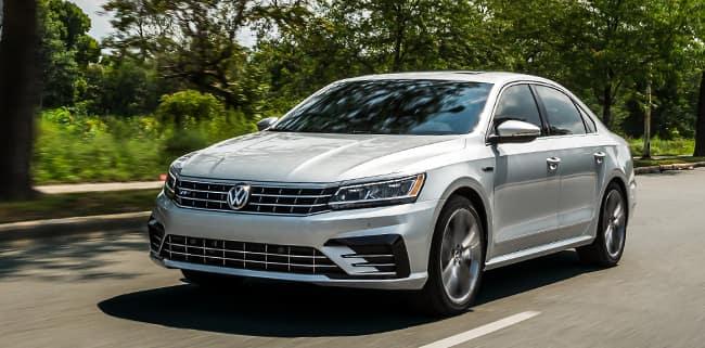 <center>2019 Volkswagen Passat 2.0T SE R Line</center>