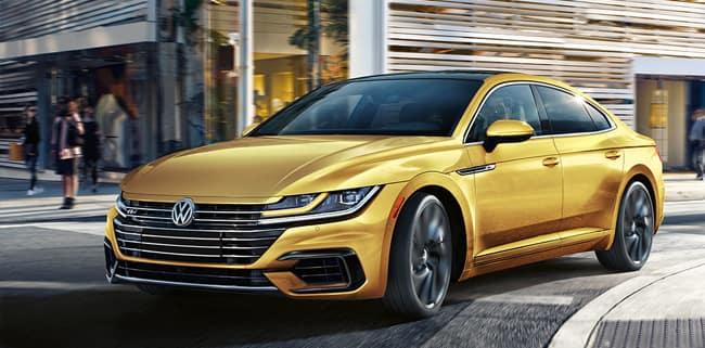 <center>2019 Volkswagen Arteon 2.0T SE R-Line</center>