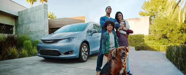 The 2019 Chrysler Pacifica Hybrid and 2020 Jeep Gladiator both took home GAAMA Family Car Challenge awards.
