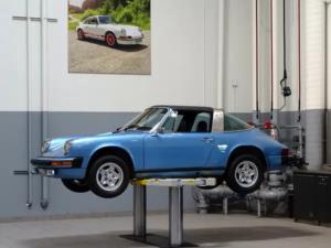Porsche Classic garage