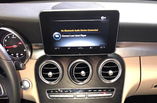2016 MB Touchscreen