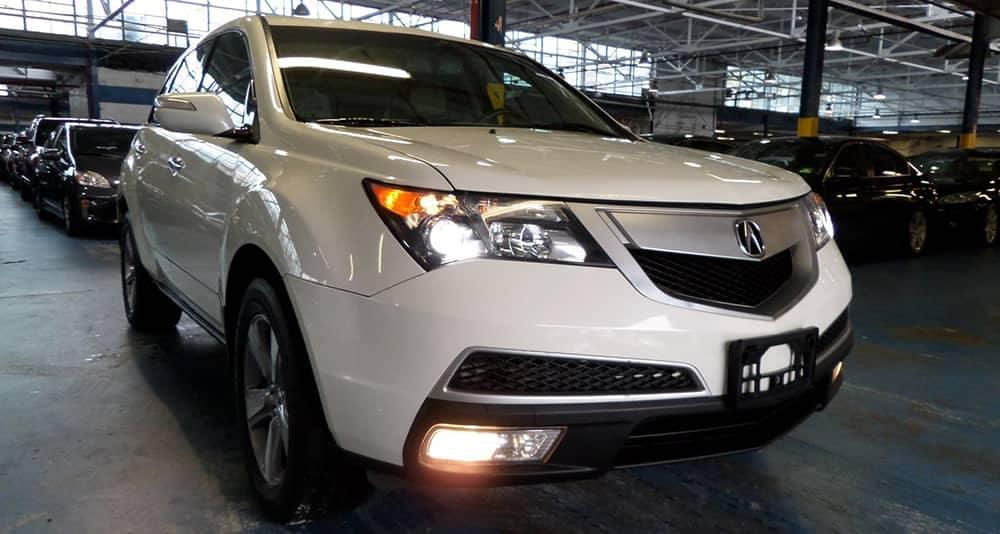 2013 White Acura MDX