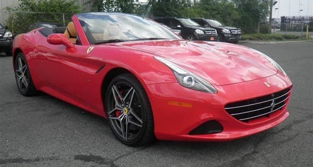 2016 Red Ferrari California T