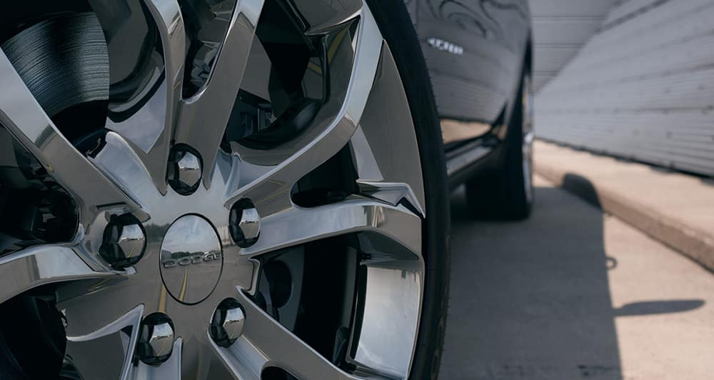 Dodge Durango Rim Detail