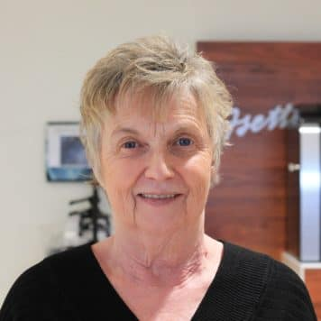 Linda Dewese