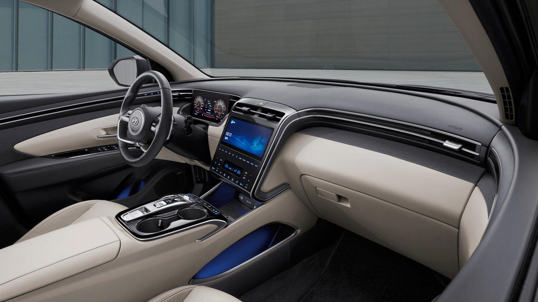 The interior of the 2022 Hyundai TUCSON.