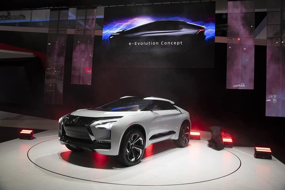 University Mitsubishi e-Evolution Concept LA Auto Show