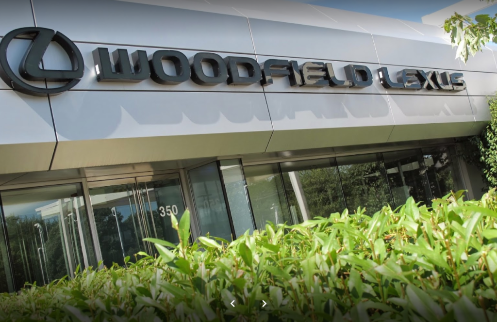 Woodfield Lexus Dealership Store Front
